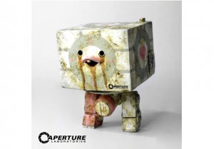 2012 SDCC ThreeA Toys Companion Cube 300x209 2012 SDCC Exclusives
