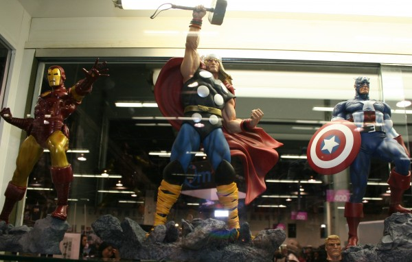 WonderCon Iron Man Thor Captain America 600x382 2012 WonderCon Reflection