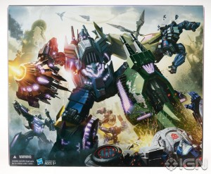 2012 SDCC Exclusive Hasbro Decepticon Bruticus Special Edition Figure 300x247 2012 SDCC Exclusive Hasbro Decepticon Bruticus Special Edition Figure