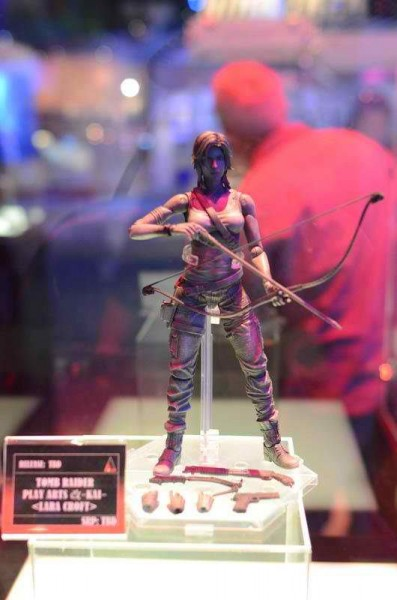 2012 SDCC Exclusive Play Arts Kai Lara Croft 397x600 2012 SDCC Exclusives