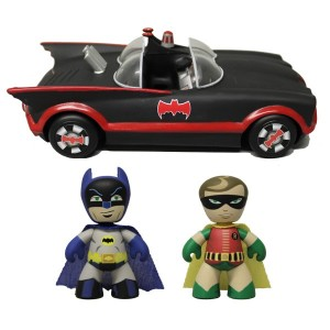 2013 SDCC Exclusive Mez Itz 1966 Batmobile with Batman Robin Preview 300x300 2013 SDCC Exclusives   Mezco Toyz