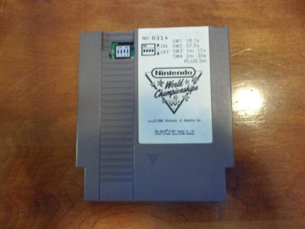 NES Nintendo World Championship Cart 600x450 Rare Nintendo World Championship Carts Listed on Ebay