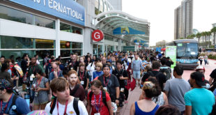 SAN DIEGO, CA - JULY 26:  General view of the atmosphere during Day 3 of Comic-Con International 2014 on July 26, 2014 in San Diego, California.  (Photo by Frazer Harrison/Getty Images)